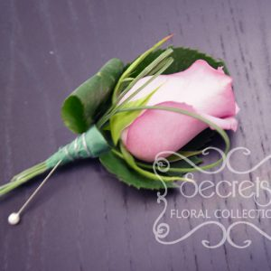 Fresh Lavender Rose and Bear Grass Boutonniere with Wiring Design and Pearl Pin (Front View)